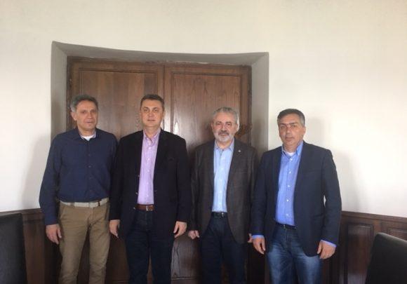 Συνάντηση του Πρόεδρου της ΠΕΔ Θεσσαλίας κου Κωτσού με τον πρύτανη του Πανεπιστημίου Θεσσαλίας κο Πετράκο